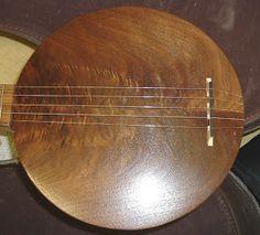 The Bluegrass Shack: Cool Homemade Banjo