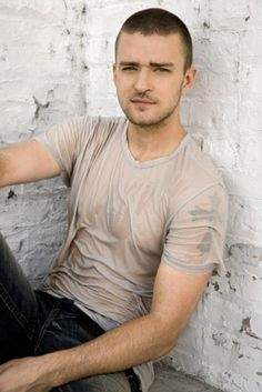 Justin Timberlake. oh hey, how you doon?(insert jersey accent) hehe ;)