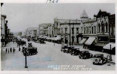 Downtown Greenville, Michigan, 1923.