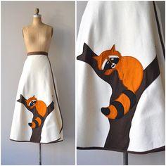 NEW! 1970s Sleepy Raccoon skirt • s/m
