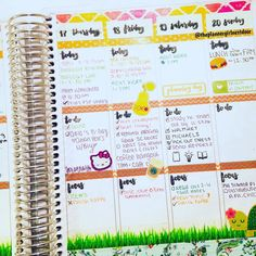 Day 24: #TBT to last week's spread! It was so busy  #paperseptemberplannerchallenge
