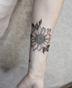 Gorgeous Sunflower Tattoos For Women