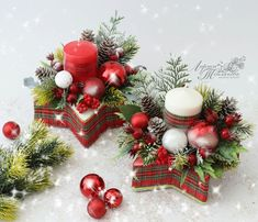 Festive Crafts, Easy Christmas Decorations, Christmas Lanterns, Christmas Centerpieces, Christmas Crafts, Christmas Ornaments, Wood Christmas Tree, Christmas Swags, Christmas Flowers