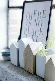 Huis Hout houten huisjes en aardewerken huisjes naast elkaar, leuk en ze kunnen eigen functies hebben