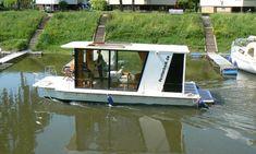mothership marine second home mobile homes boat pontoon houseboat trailerable houseboats. Black Bedroom Furniture Sets. Home Design Ideas