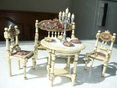 Puppenstuben-Möbel, antik, im Rokoko-Stil