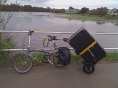 Travoy hauling on folding bike. #burley #bike #travoy