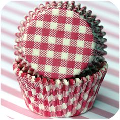 must by these hot pink gingham cupcake liners Cupcake Liners, Pink Gingham, Baking Cups, Raspberry, Hot Pink, Coin Purse, Fancy, Sweet, Pretty
