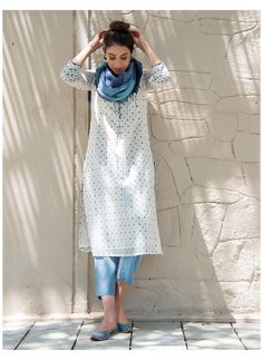 Casual Indian Fashion, Look Fashion, Diva Fashion, Grunge Fashion, 70s Fashion, Fashion Outfits, Fashion Tips, Dress Indian Style, Indian Dresses