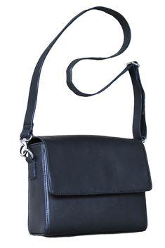 f1ad5c6e435e 17 Best Bags images