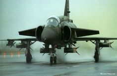 The Saab 37 Viggen interceptor was designed to meet exacting Swedish requirements. The innovative Saab 37 Viggen (thunderbolt) multi-role fighter was for many years the backbone of Sweden's air defence. New Aircraft, Aircraft Parts, Fighter Aircraft, Military Jets, Military Weapons, Military Aircraft, Military Box, Air Fighter, Fighter Jets