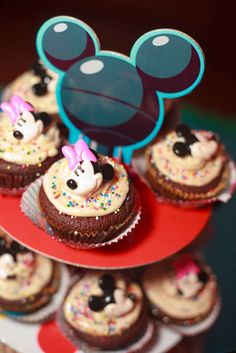 Sophie's 1st Birthday (Handmade party) | CatchMyParty.com