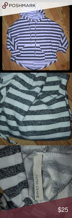 Beach tunic Light beach tunic has draw strings has front pocket gray and white strips. Size small-Meduim excellent condition very soft fabric Paper Crane Tops Tunics
