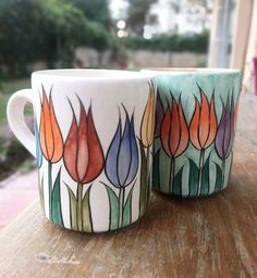 Love Ceramic, Ceramic Clay, China Painting, Ceramic Painting, Pretty Flower Tattoos, Pottery Painting Designs, Pretty Mugs, Artist Sketchbook, Pottery Studio