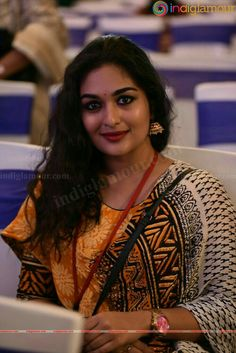 Stunning gorgeous and attractive Indian Long Hair Braid, Braids For Long Hair, Indian Actress Hot Pics, Indian Actresses, India Beauty, Asian Beauty, Prayaga Martin, Aunty Desi Hot, Beautiful Girl Wallpaper