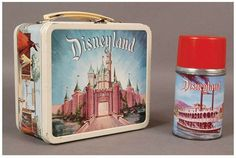 vintage Lunch Box Disneyland- I loved mine. Retro Lunch Boxes, Lunch Box Thermos, Metal Lunch Box, Tin Lunch Boxes, Disney Love, Disney Magic, Disney Stuff, School Lunch Box, Disney Kitchen