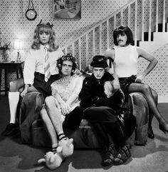 Roger Taylor Brian May John Deacon & Freddie Mercury. Queen I Want To Break Free Also Deacon is kinda hot. Deacon is dressed as the old lady. Queen Freddie Mercury, Freddie Mercury Mustache, John Deacon, Heavy Metal, Queen Photos, Queen Pictures, Queen Band, Brian May, I Am A Queen