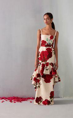Get inspired and discover Johanna Ortiz x Moda Operandi trunkshow! Shop the latest Johanna Ortiz x Moda Operandi collection at Moda Operandi. Silk Floral Dress, Metallic Dress, Silk Gown, Silk Skirt, Nice Dresses, Dresses With Sleeves, Summer Dresses, Women's Dresses, Afro