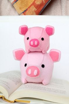 Patterns Felt Pig Plush by typingwithtea on Etsy
