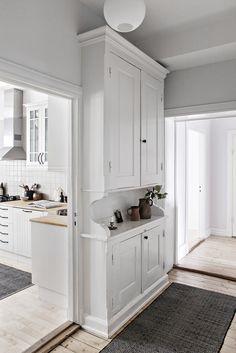 Kitchen Dining, House Interior, Kitchen Remodel, Home Kitchens, Kitchen Design, Home Decor, Kitchen Interior, Cosy Kitchen, Kitchen Dining Room