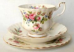 Trio De Te Porcelana Inglesa Royal Albert Rosas Pimpollos -