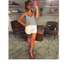 Produção linda da @adriananaccarato com nossa sandália meia pata hit do verão!!!