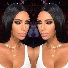 Os looks podem ser até questionáveis mas essa maquiagem da Kim tá babado! Hoje foi dia da sua primeira aparição oficial em meses na Masterclass do @makeupbymario em Dubai! Vocês curtem esse tipo de make?