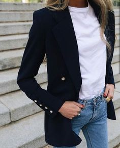 Casual jeans, white T-whirt and black blazer # jeans - Black Blazer With Jeans, Look Blazer, Casual Jeans, Jeans Style, White Jeans, Jacket Style, Casual Blazer, Black Blazer Outfits, Blazer Shirt
