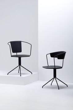 With the Uncino collection Ronan & Erwan Bourollec continue their collaboration with Mattiazzi.