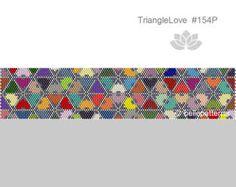ARTIKELDETAILS: TriangleLove #153P Peyote Armband Muster Perlen: Miyuki Delica 11/0 Größe: 4,2cm x 19,5 cm/ 1.64 x 7.68 Peyote - ungerade >>>>>>>>>>>>>>>> Coupon-Codes: <<<<<<<<<<<<<<<<< 10% - Rabatt: 10PERCENTOFF (Mindestwarenwert: € 15,00) 15% - Rabatt: 15PERCENTOFF (Mindestwarenwert: € 20,00) 20% - Rabatt: 20PERCENTOFF (Mindestwarenwert: € 25,00) 25% - Rabatt: 25PERCENTOFF (Mind... Seed Bead Jewelry, Diy Jewelry, Beaded Jewelry, Beaded Bracelets, Beaded Earrings, Bracelet Patterns, Beading Patterns, Bracelets, Necklaces