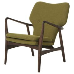 550 This Elizabeth chair has a smart and modern design that blends quality and comfort with ease. Upholstered in green, red, or grey this attractive and elegant club chair will add a stylish and classic look to any space.