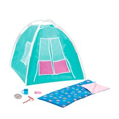 Have fresh fun in the fresh air with the Our Generation Happy Camper Set featuring a doll tent, sleeping bag, and a hot dog and marshmallow on a stick! American Girl Cakes, Ropa American Girl, Camping Accessories, Doll Accessories, Cute Camping Outfits, Campfire Songs, Our Generation Dolls, Sleeping Under The Stars, Baby Alive