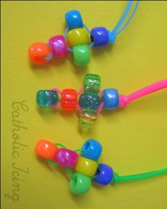 pony beads, glue dots and plastic string (lanyard) Bible School Crafts, Sunday School Crafts, Bible Crafts, Jesus Crafts, Vbs Crafts, Church Crafts, Camping Crafts, Catholic Crafts, Easter Activities