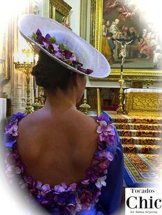 FLORES TERCIOPELO Crown, Jewelry, Fashion, Velvet, Fascinators, Sombreros, Hairdos, Flowers, Moda