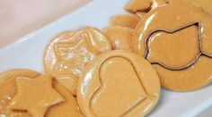Honeycomb Candy, Candy For Sale, Easy Candy Recipes, Candy Games, Caramelized Sugar, Sugar Candy, Squid Games, Candy Cookies, Corn Syrup