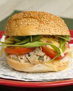 Isso aqui fica bom demais, viu?! | Preview: Continue festejando com este sanduíche de peru de natal