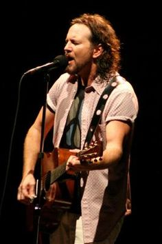 Eddie Vedder | Music Makes The World Go Round
