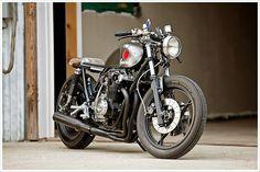 Suzuki GS750 by Tin Shack Restorations