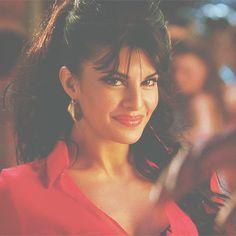 Bollywood is not just a film industry. Bollywood Actress Hot Photos, Bollywood Girls, Bollywood Actors, Jacqueline Fernandez, World Most Beautiful Woman, Beautiful Eyes, Samantha Photos, Wedding Dress Men, Gifs