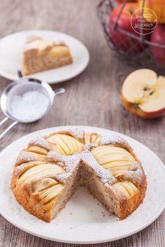 Leckeres Apfelkuchen-Rezept für einen versunkenen Apfelkuchen, der gesund, fettarm, kalorienarm, zuckerarm und mit Vollkorn gebacken ist | http://www.backenmachtgluecklich.de