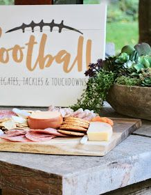 My Sweet Savannah: live edge charcuterie board ideas Cheese Boards, Charcuterie Board, Board Ideas, Savannah, Appetizers, Diy Projects, Place Card Holders, Decorating, Table Decorations