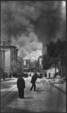 San Francisco, April 18, 1906. The earthquake seen from Chinatown.