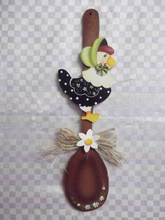 Colher decorada galinha galo chic | Artesanatos Ingrid Carvalho | 16E51F - Elo7