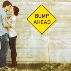 Cute pic to tell people your pregnant!