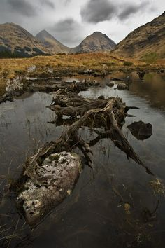 Lochan Urr, Glen Etive, Highlands, Scotland by Gary Waidson