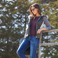 Soccer mom goals! Stay on-trend (& comfy) from the sidelines in a striped tee & an on-trend puffer vest.