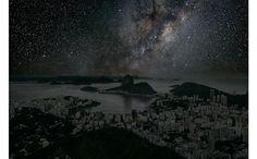 """大都会の照明がすべて消えたら…あり得ない""""絶景""""を捉えた写真。フォトグラファーのThierry Cohenさんが2010年から創作しているシリーズ「villes eteintes' (darkened cities)」は世界の主要都市がモチーフ。image (c) Thierry Cohen"""