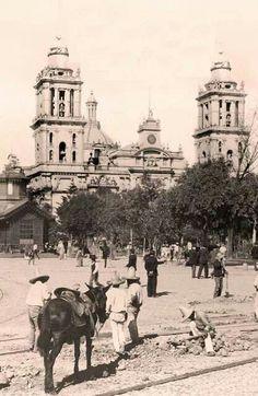 Cultura - Catedral de Mexico, 1905