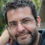 """Javier Rodríguez: """"La creatividad es como los abdominales: todo el mundo tiene pero no a todos se les notan""""  http://canariascultura.com/2014/06/10/javier-rodriguez-la-creatividad-es-como-los-abdominales-todo-el-mundo-tiene-pero-todos-se-les-notan/"""