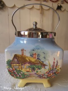 Mary Vintage: Biscuit Barrel